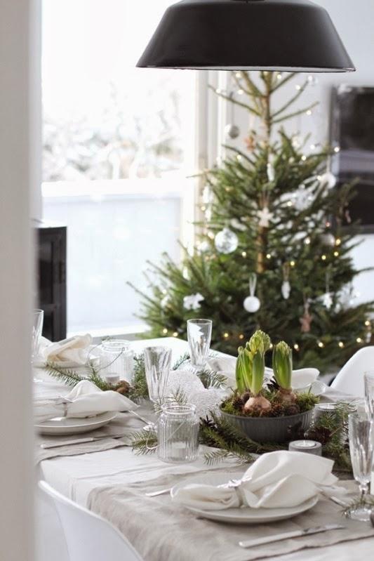 feliz nochebuena feliz navidad estilismo de mesas navideas decoracin nrdica mesa de navidad decoracin navidea elementos
