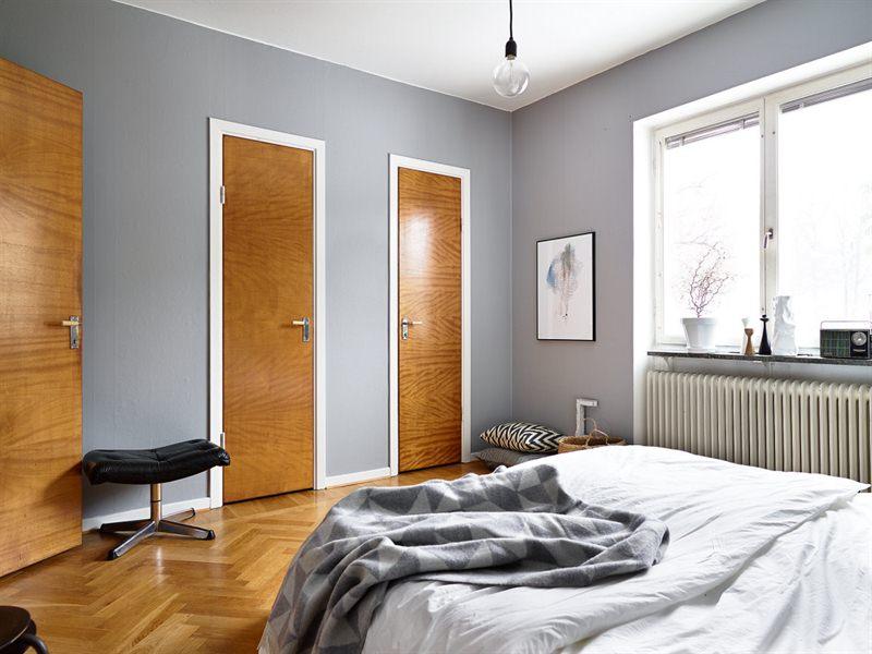 Un interior en armon a gris blanco y madera blog for Decoracion de interiores en gris