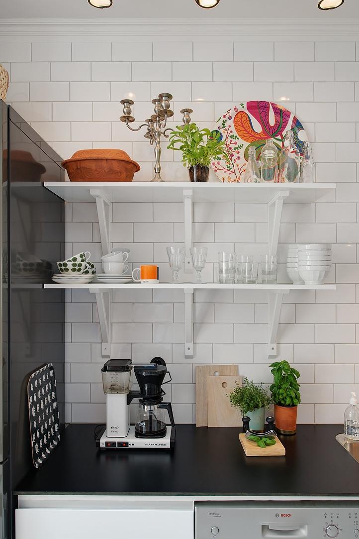 Inspiraci n muebles ikea delikatissen blog decoraci n estilo n rdico muebles dise o - Ikea vitrinas comedor ...