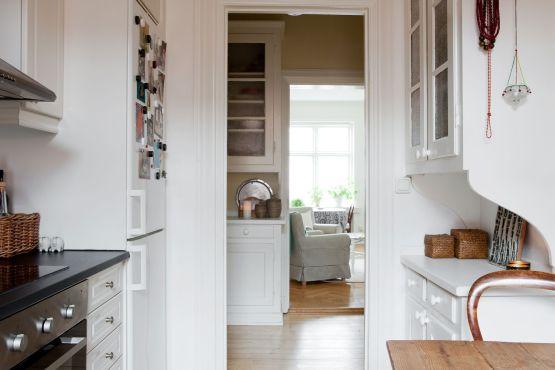 pisos para mayores estilo nórdico escandinavo estilo clásico femenino decoración femenina blanco decoración en blanco cocinas pequeñas blancas cocinas nórdicas cocinas decoración vintage blog decoración nórdica