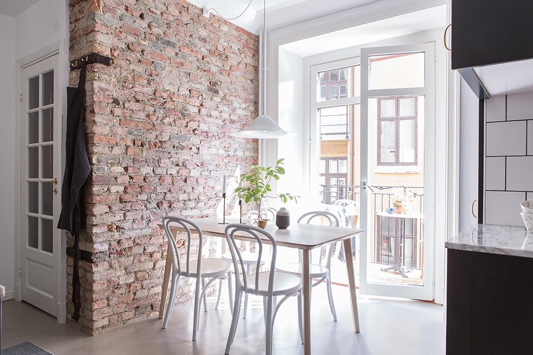 Revestimientos de cocina ladrillo visto cemento pulido m rmol baldosa y madera blog tienda - Revestimiento cemento pulido banos ...