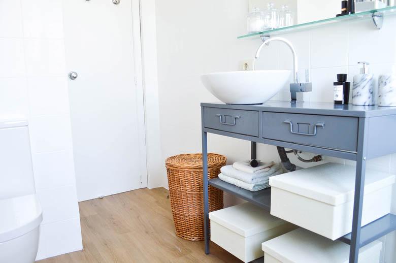 Antes despu s cuarto de ba o n rdico blog tienda - Pintura baldosas bano ...