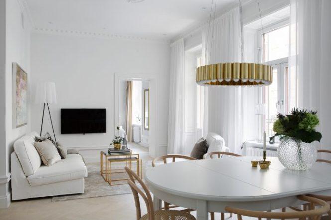 piso sueco estocolmo pequeños accesorios hogar dorados objetos hogar dorados interiores pisos pequeños dorado decoración nórdica decoración blanco Cómo introducir el dorado en la decoración nórdica blog decoracion interiores