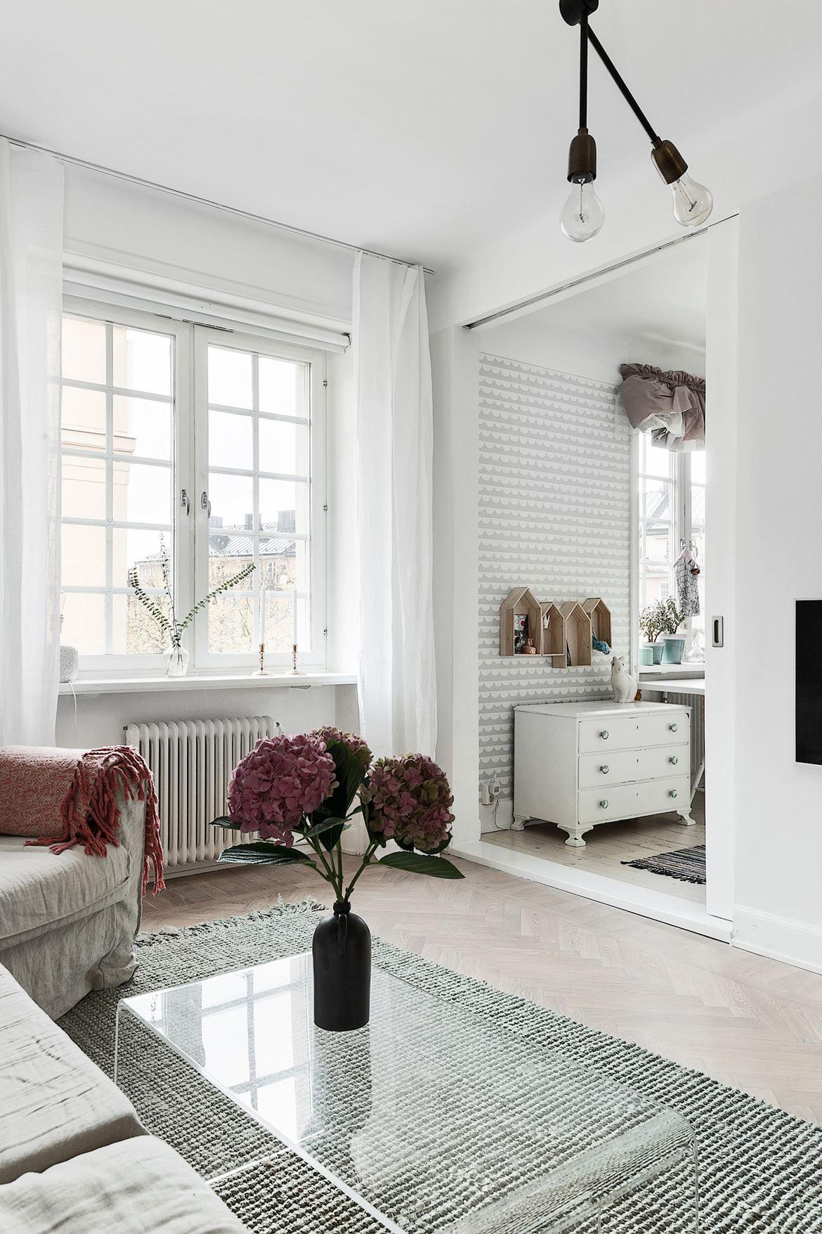 Si a colgar la tele en la pared blog tienda decoraci n estilo n rdico delikatissen - Adornos de pared ...