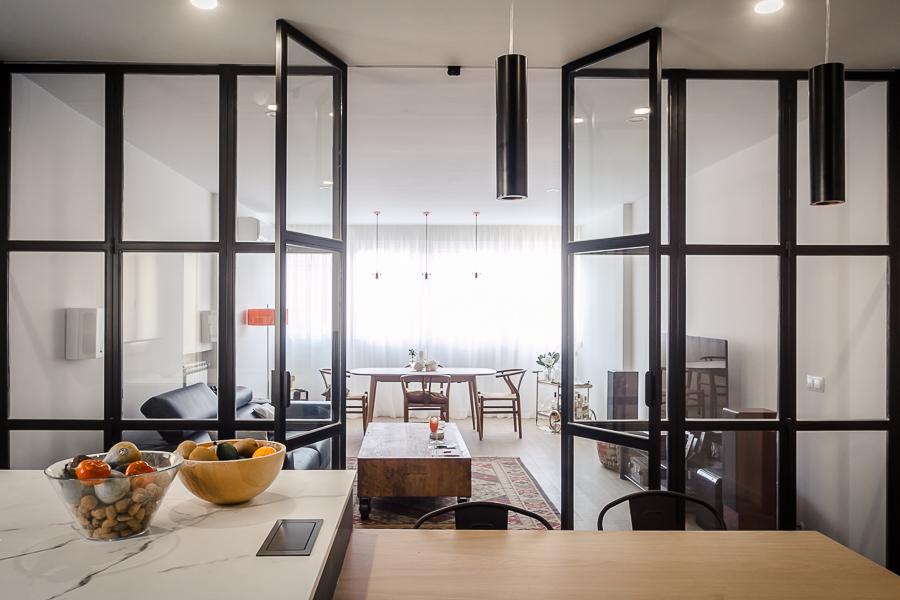 Hogares de nuestros lectores piso luminoso y funcional for Decoracion piso en madrid