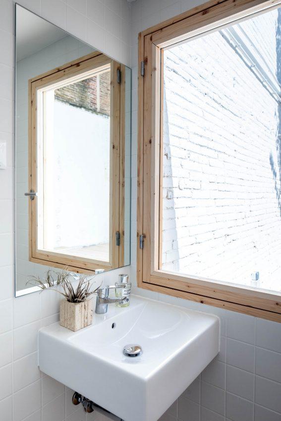 revestimiento madera estilo nórdico barcelona distribución diafana abierta decoración minimalista decoración escandinava casa bajo pequeño blog decoracion interiores