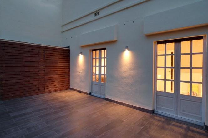 Reformas Barcelona parquet natural de robleaceitado estilo nórdico estilo escandinavo barcelona diseño interiores aticos decoración interiores áticos decoración calida atico reformado barcelona