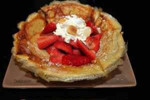 Crêpe croustillante aux fraises