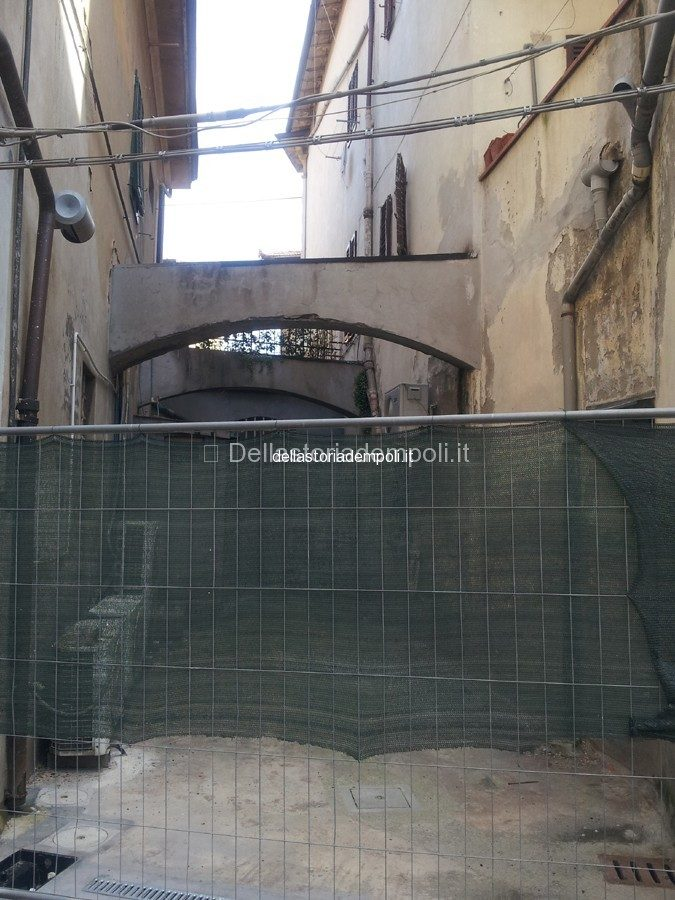 Archi In Via Dell'ospizio – Di Carlo Pagliai