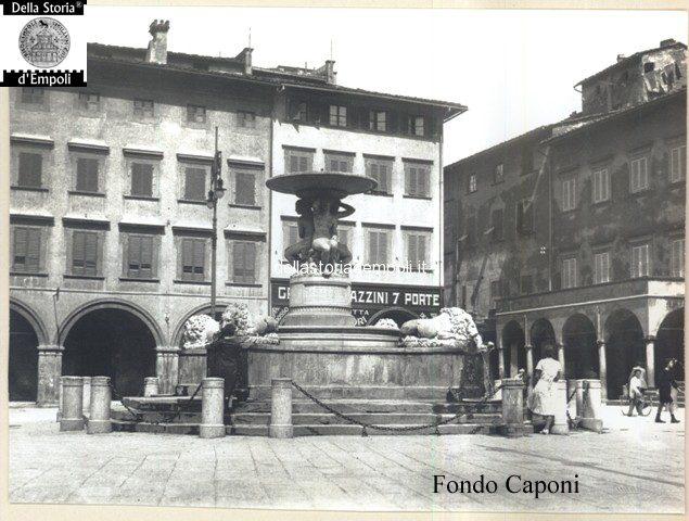 Empoli - Piazza dei Leoni magazzino sette porte