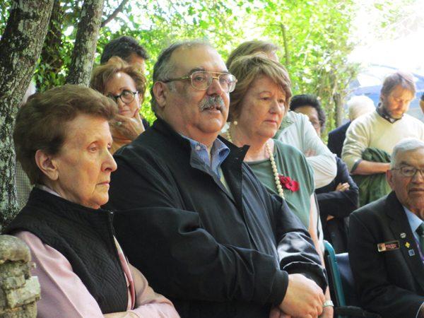 Claudio Biscarini tiene il breve discorso di ricordo della strage ai convenuti - Foto di Antonio Taddei