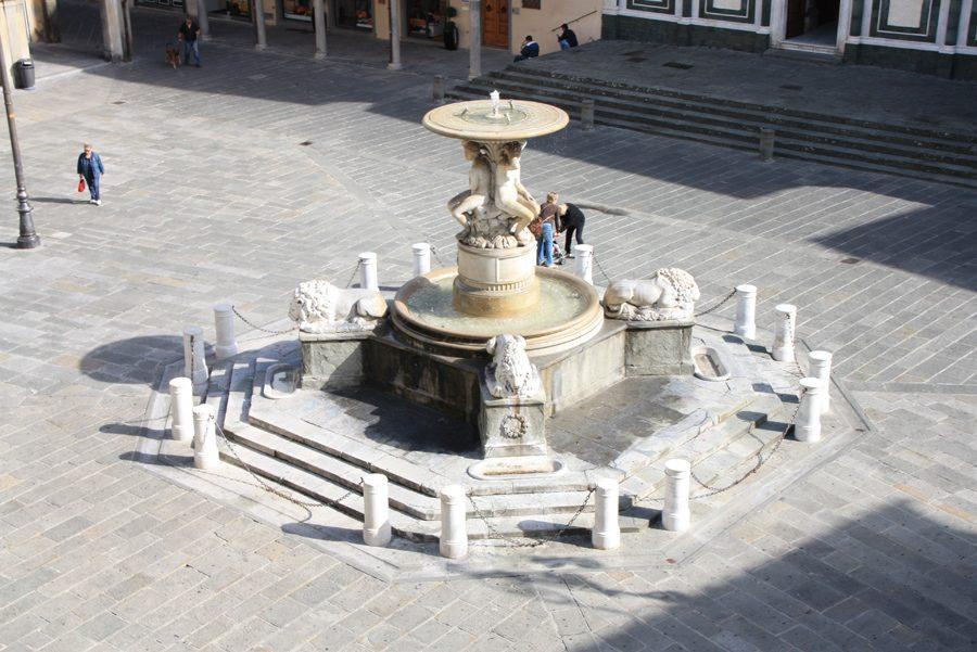 Fontana Delle Naiadi Piazza Farinata Uberti Empoli10