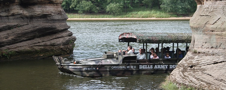 Scenic Duck Tours As Presented By Meadowbrook Resort & Dells Packages In Wisconsin Dells