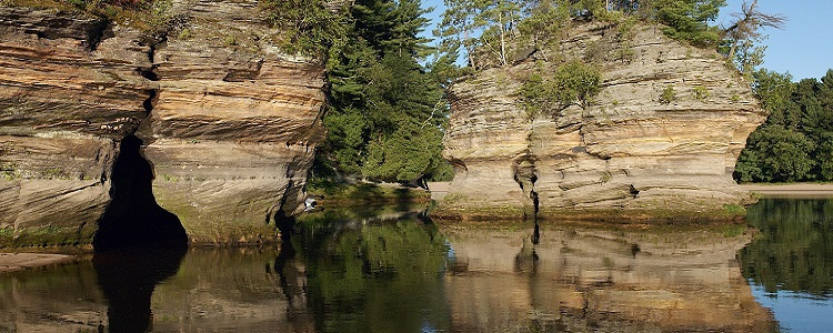 Scenic River Tours As Presented By Meadowbrook Resort & Dells Packages In Wisconsin Dells