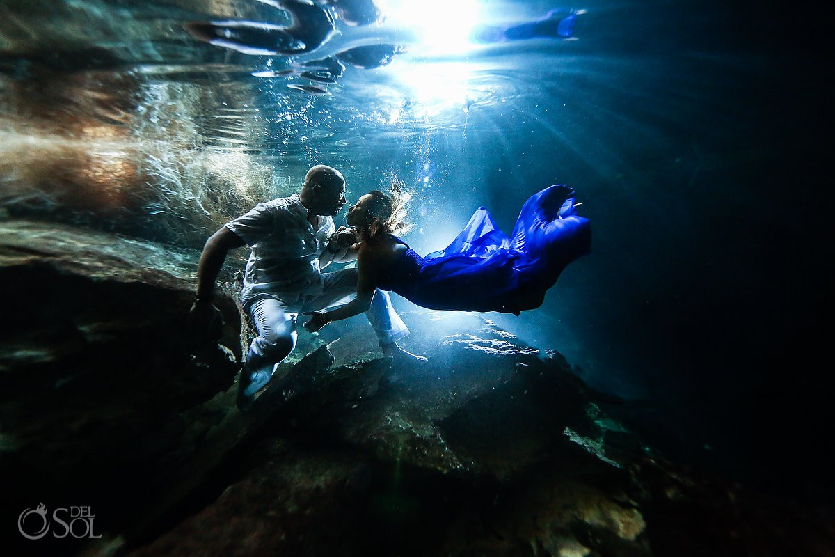 Mexico Elopement ideas Underwater photography Riviera Maya