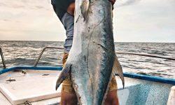 Magnifique liche d'1m 40 pris aux leurres chez Delta-Fishing