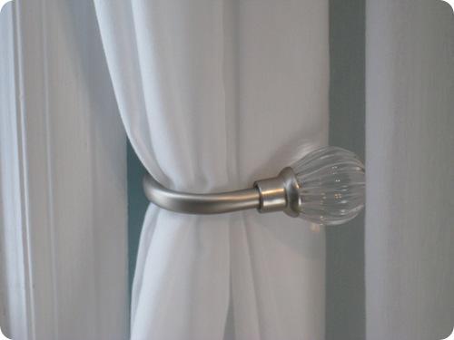 500 X 375 How To Install Curtain Holdbacks
