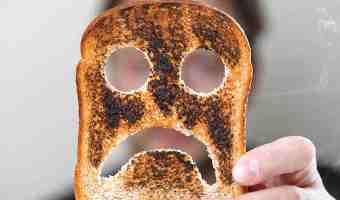 Gluten-Free Grins: 3 Teeth Tips for Celiac Disease