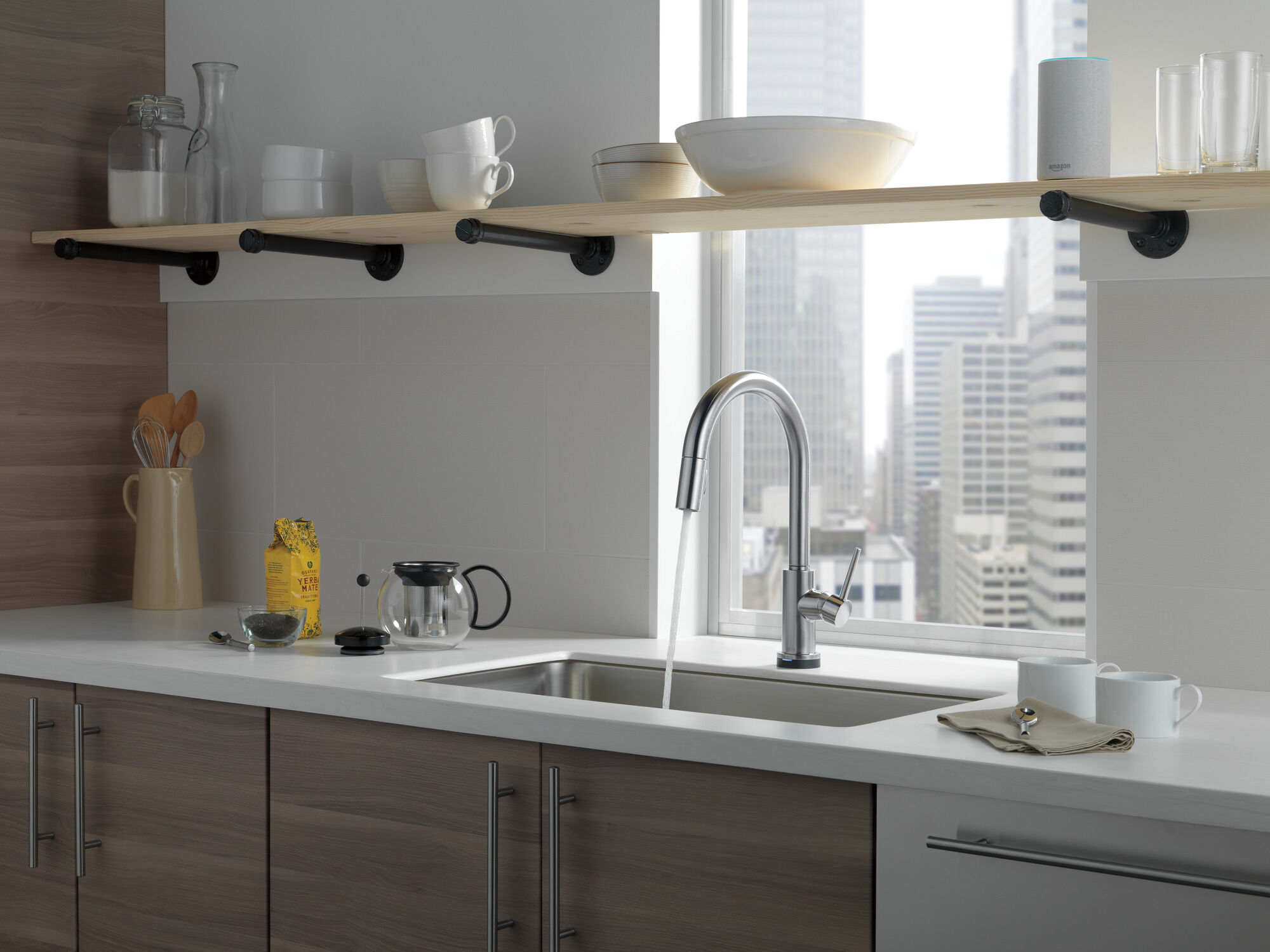 voiceiq single handle pull down kitchen faucet with touch2o technology