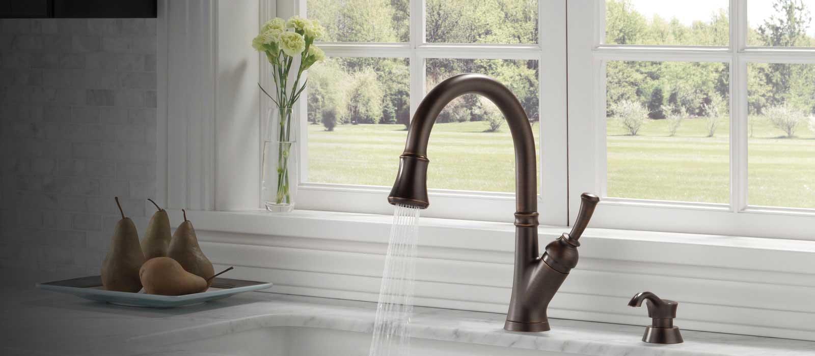 savile kitchen collection delta faucet