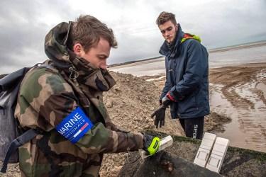 Opération de déminage pour le groupe des plongeurs démineurs de la manche mer du Nord, à Wissant, le 14 Janvier 2020 (© Marine Nationale)