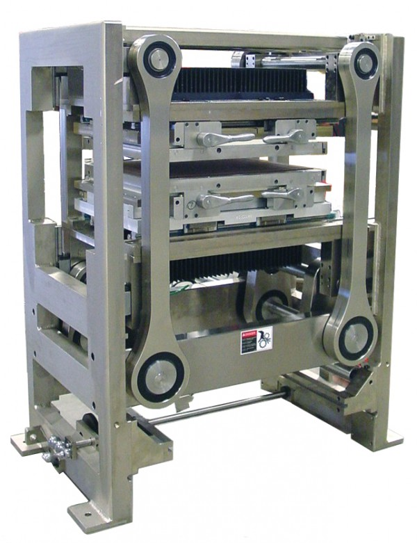 2004 - The Delta ModTech Reciprocating Heat Seal Module was introduced in 2004. This new addition to the Delta ModTech module