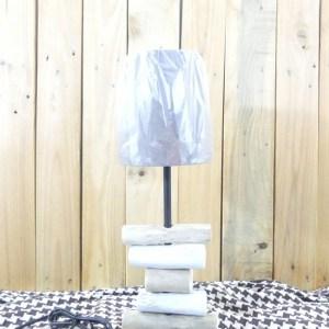 Bois flotté. Lampe en bois flotté. Fabrication artisanale Française by Deluxe Créations