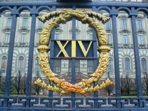 Le portail du palais royal
