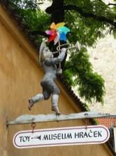 Entrée du musée du jouet à Prague.