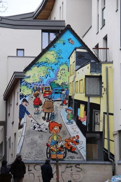 De nombreuses fresques ornent les murs de Bruxelles. Ici, Boule et Bill.