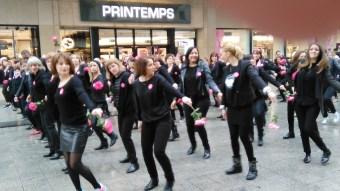 Flashmob devant le Printemps.