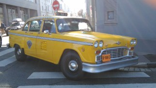 Vous le reconnaissez ? C'est le taxi de Taxi Driver, de Scorcese. Il est rue du Premier Film, à Lyon 8e.