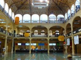 La bibliothèque de Bologne.
