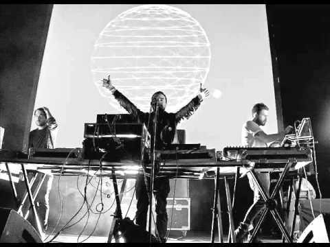 Disco Ruido ft. León Larregui - Pulso Animal