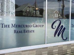 Mercurio Group Glass Lettering 05