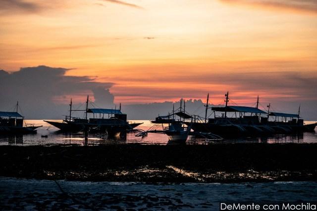 Marea baja en el puerto de Malapascua