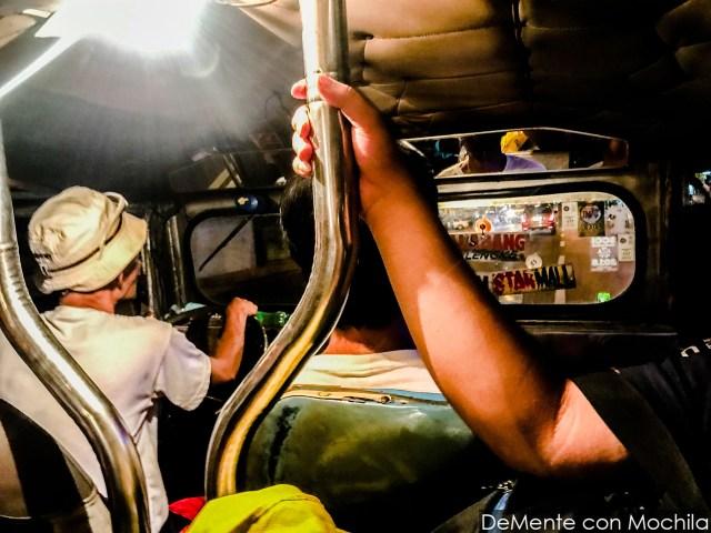 Un jeepney desde adentro