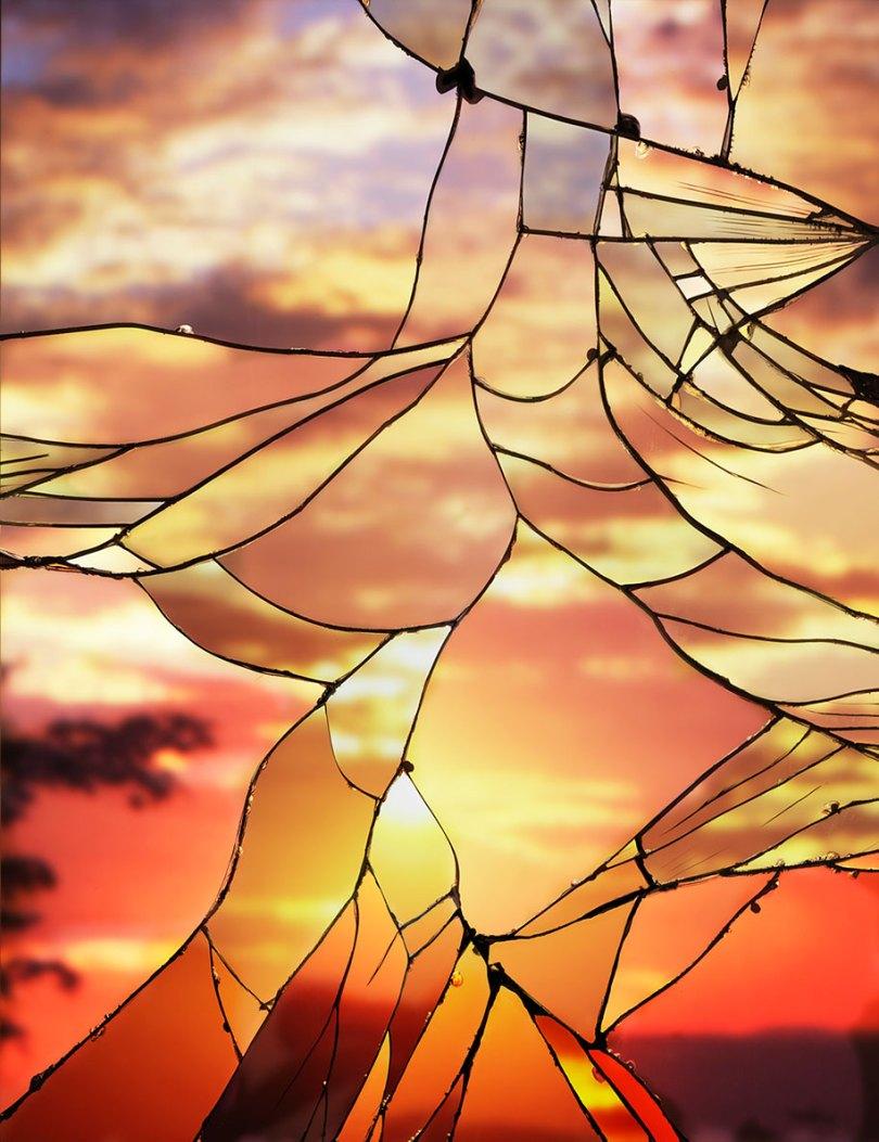 broken mirror evening sky photography bing wright 6 - Pôr-do-sol visto através de espelhos quebrados