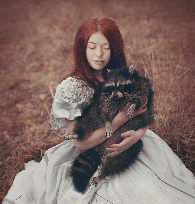 surreal animal human portraits katerina plotnikova 7 - Fotografias místicas: Pose de animais reais com seres humanos