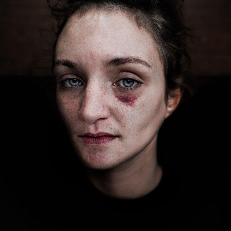 black white homeless portraits lee jeffries 5 - Projeto fotográfico de pessoas que vivem nas ruas