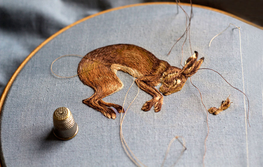 outside-the-box-embroidery-art-50