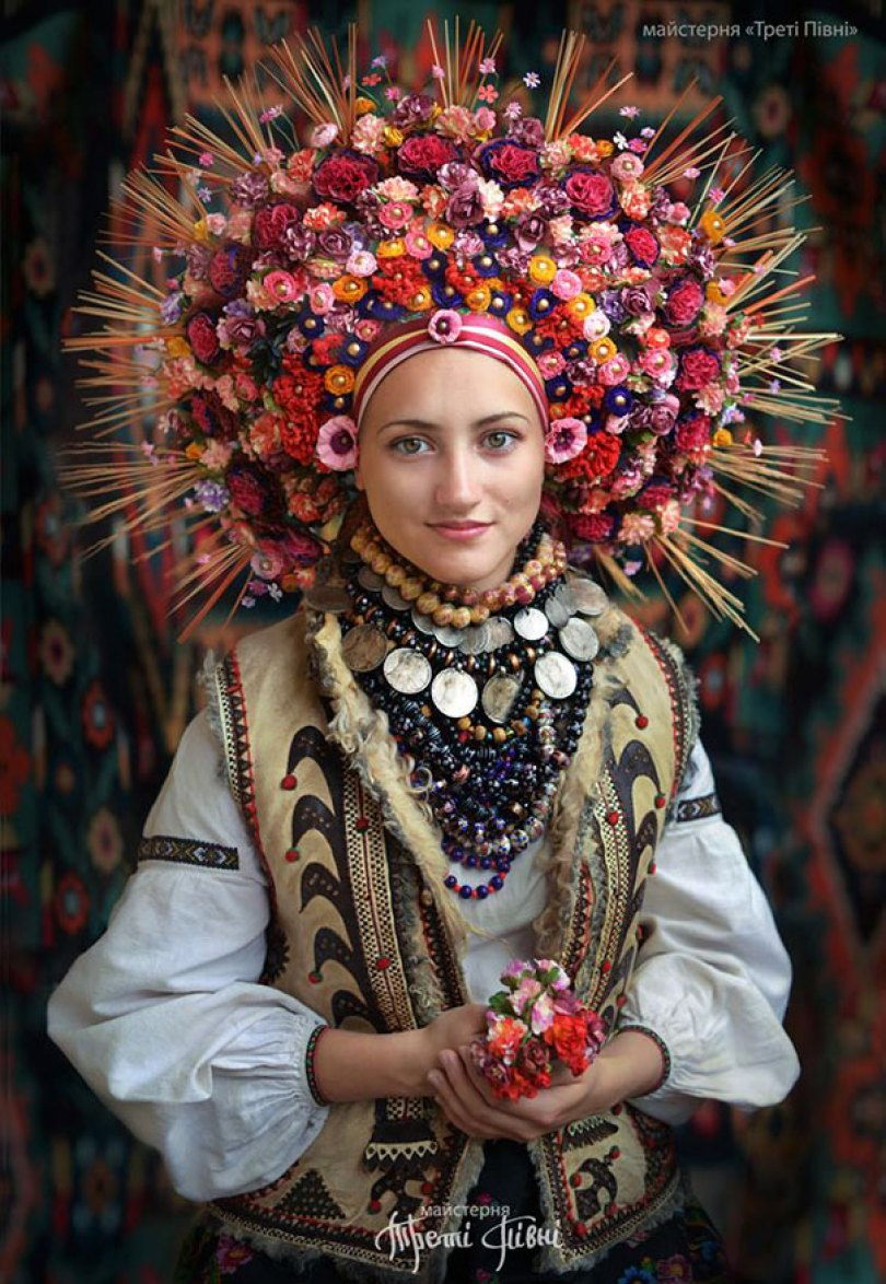 tradicional-ucraniano-flor-coroas-treti-pivni-11