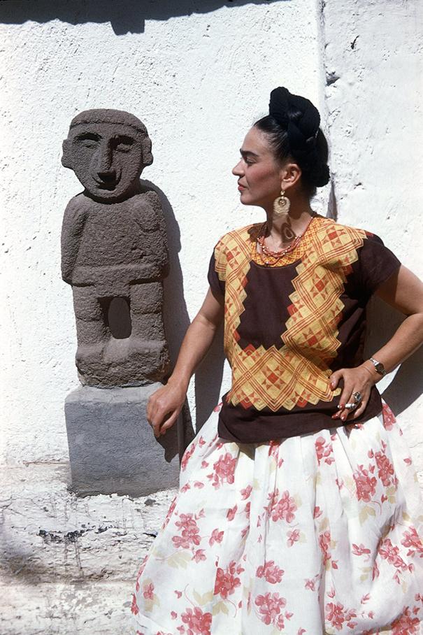 vintage-color-photos-frida-kahlo-15