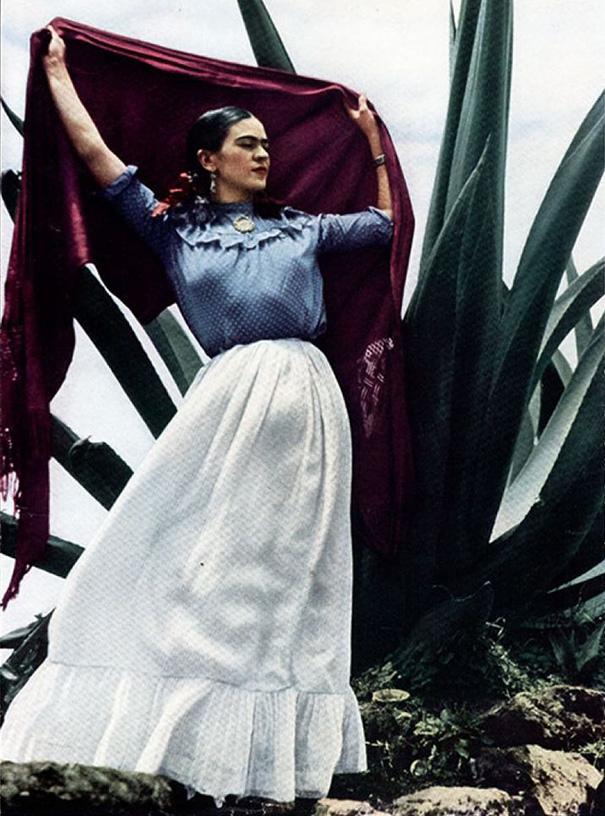 vintage-color-photos-frida-kahlo-19