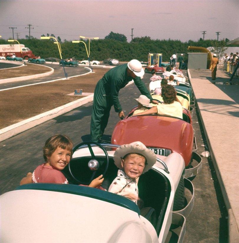 disneyland opening day 1955 10 - Dia de abertura da Disneylândia em 1955