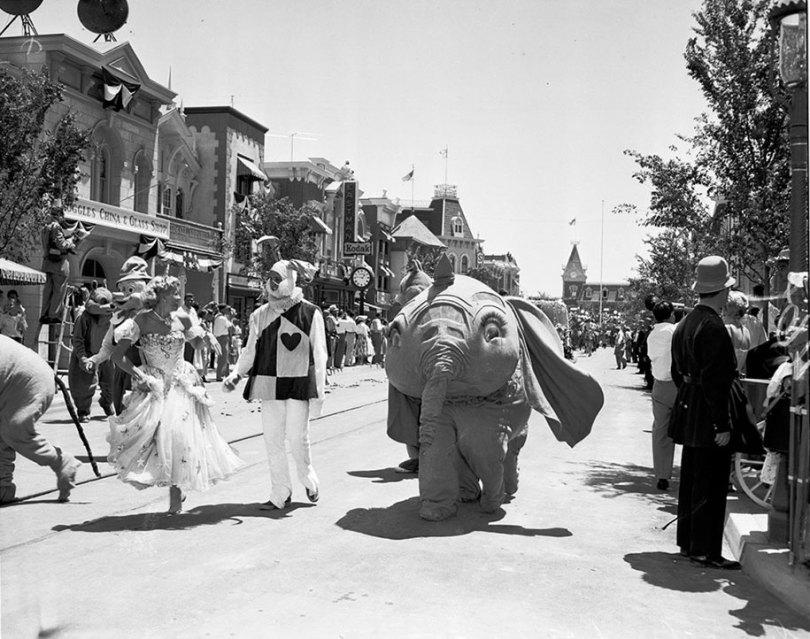 disneyland opening day 1955 24 - Dia de abertura da Disneylândia em 1955