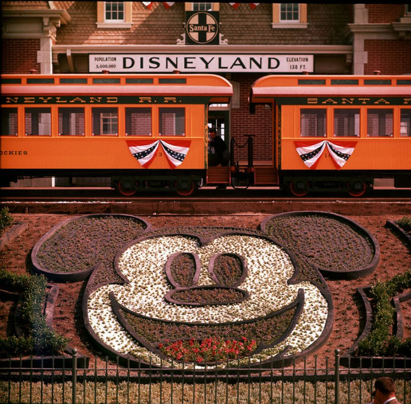 disneyland opening day 1955 3 - Dia de abertura da Disneylândia em 1955