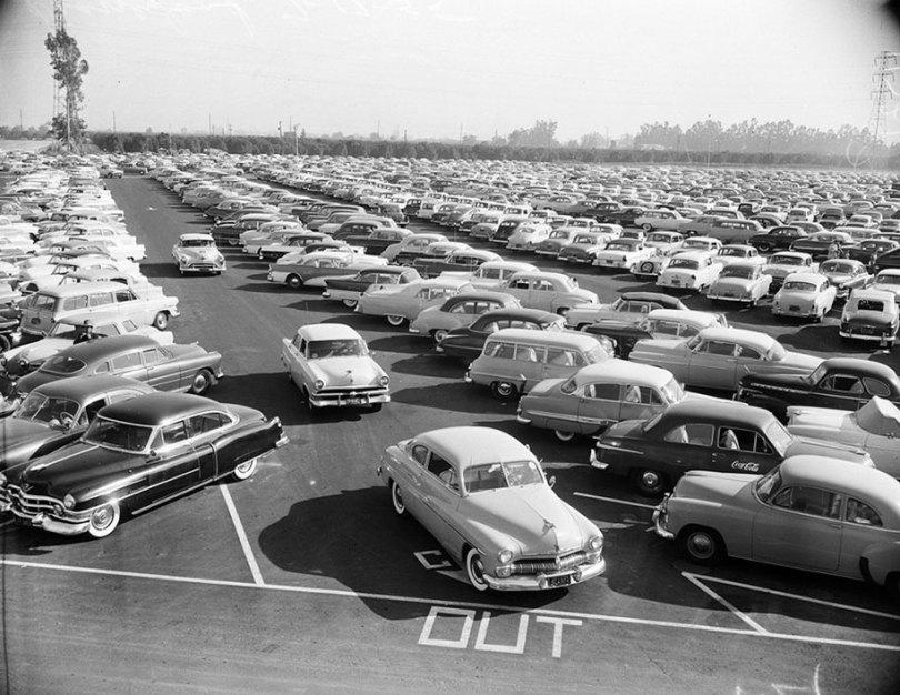 disneyland-opening-day-1955-4