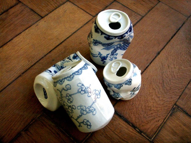 porcelain cans sculptures drinking tea lei xue 4 - Latas de refrigerante esmagadas feitas de porcelana