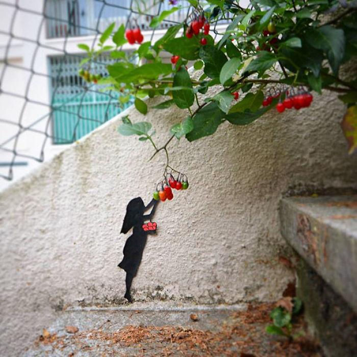 59788058b532f creative street art positive vandalism 16 59704ac72aa7f  700 - Coisas hilárias captadas em fotos